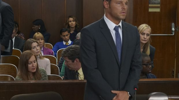 Vor Gericht soll der Fall von Andrew und Alex (Justin Chambers) verhandelt we...