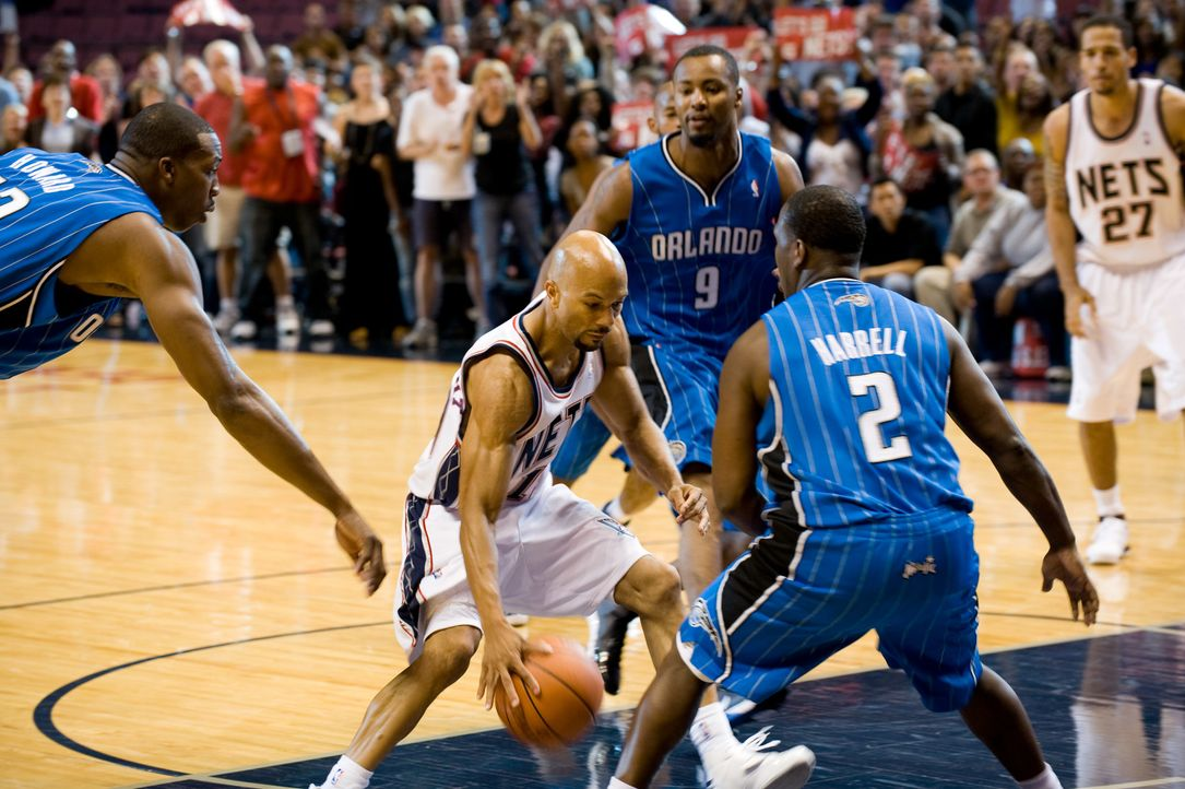 Just Wright - In diesem Spiel zählt jeder Treffer: NBA-All-Star Scott McKnight (Common, 2.v.l.) ... - Bildquelle: 2010 Twentieth Century Fox Film Corporation. All rights reserved.