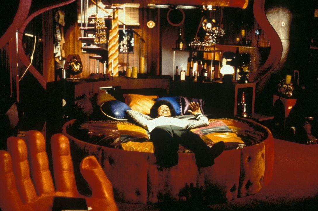 """Radiomoderator Leon (Tim Meadows) hält sich für einen """"Ladies Man"""", einen unwiderstehlichen Herzensbrecher. Seinen reichen Erfahrungsschatz in Sac... - Bildquelle: Marni Grossman 2000 by Paramount Pictures Corp."""