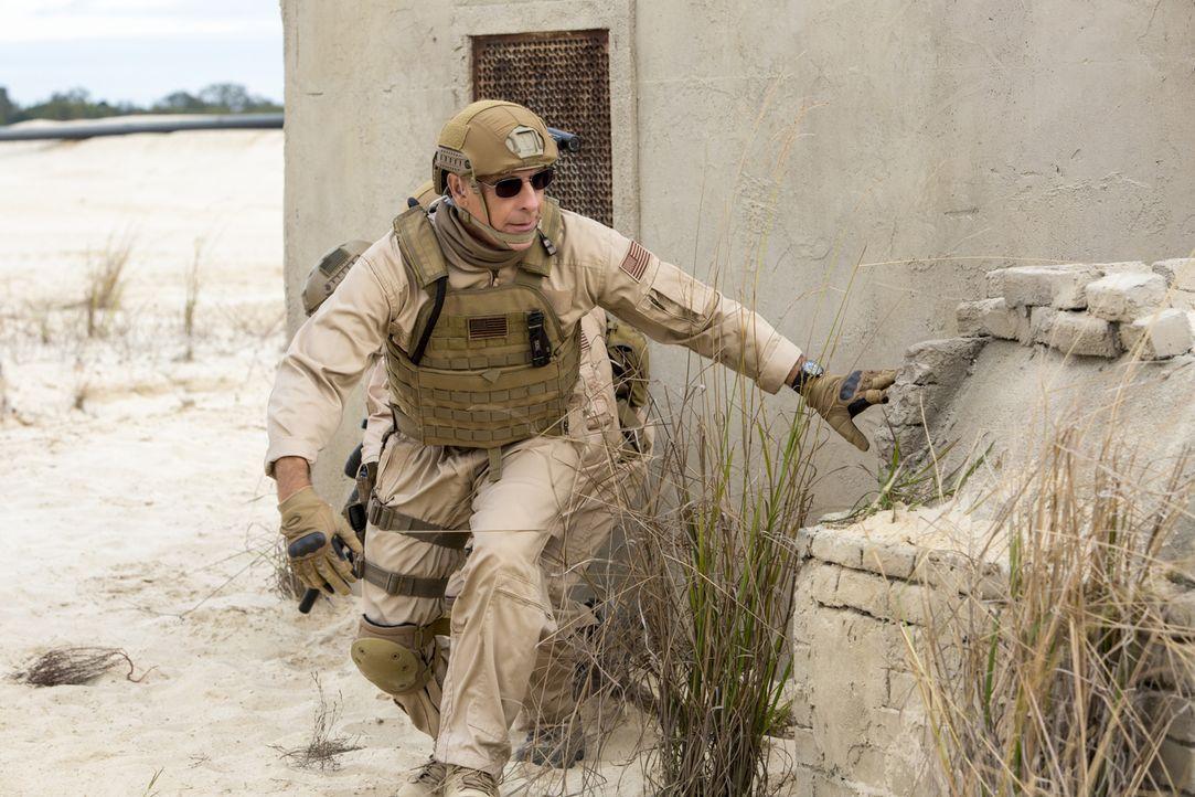 Das Team um Pride (Scott Bakula) ermittelt in einem neuen Fall und dieser führt sie nach Afghanistan ... - Bildquelle: 2014 CBS Broadcasting Inc. All Rights Reserved.