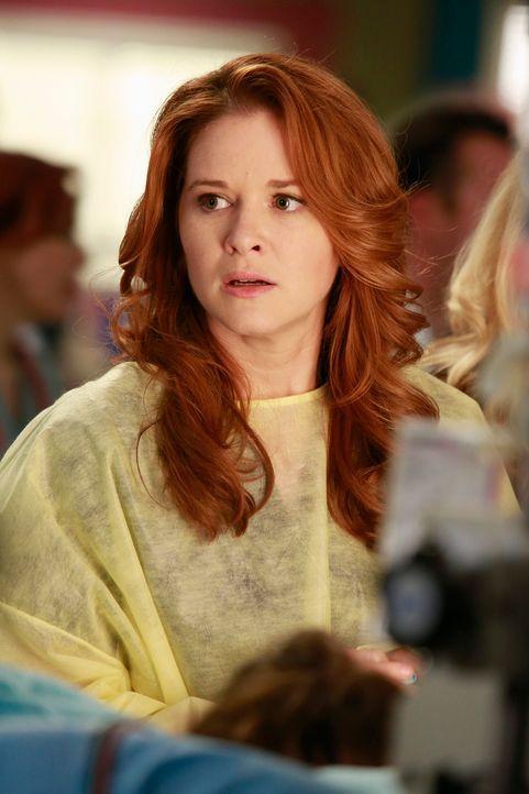 April (Sarah Drew) sorgt sich um ihren Freund, welcher bei der Gasexplosion schwer verletzt wurde ... - Bildquelle: ABC Studios