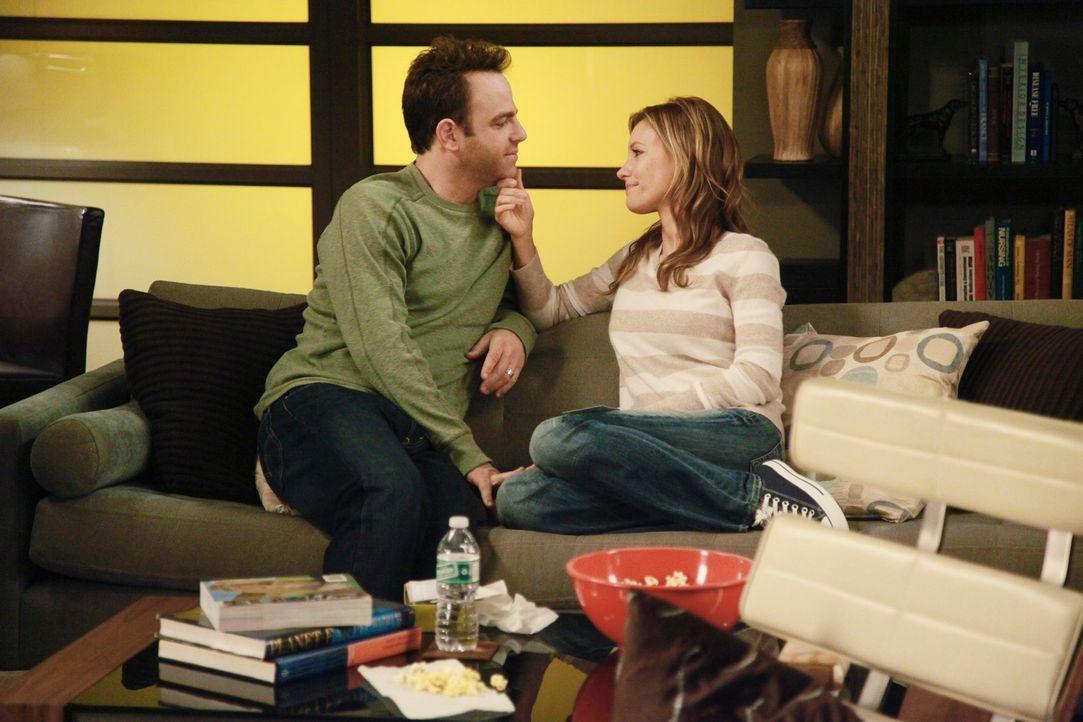 Nachdem Amelia Charlotte (KaDee Strickland, r.) ein Geheimnis von Masons Mutter Erica anvertraut hat, ist sie im Zweispalt, ob sie Cooper (Paul Adel... - Bildquelle: ABC Studios