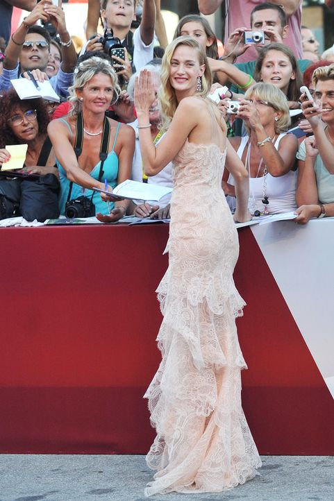 Filmfestival-Venedig-Eva-Riccobono-13-08-28-2-AFP.jpg 1198 x 1800 - Bildquelle: AFP