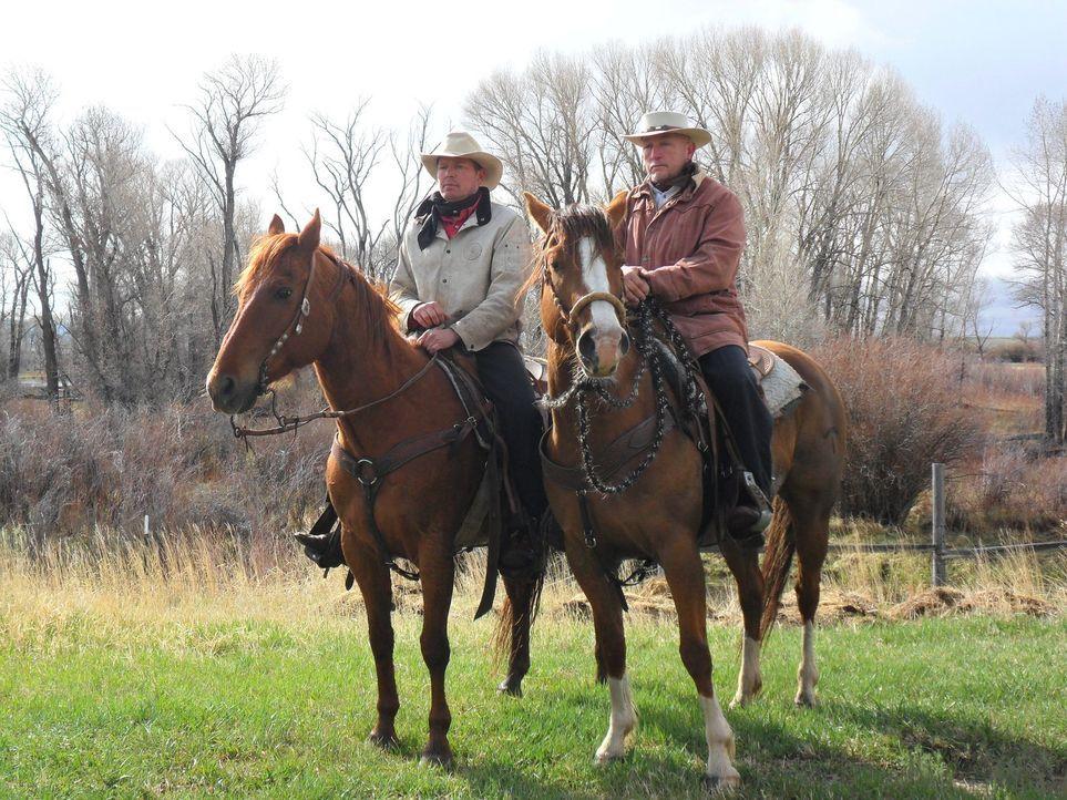 Wild, Wild(man) West: Don Wildman widmet sich einem Manuskript, das über Leben und Tod eines Geächteten des Wilden Westens entscheiden könnte ... - Bildquelle: The Travel Channel, L.L.C. All Rights reserved.