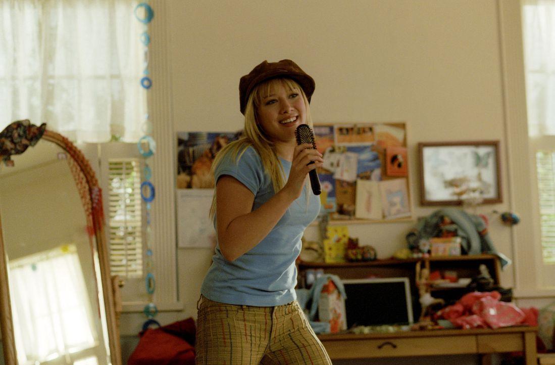 Ein Popstar auf Umwegen: Lizzie (Hilary Duff) ... - Bildquelle: Rob McEwan, Philippe Antonello Buena Vista Distribution