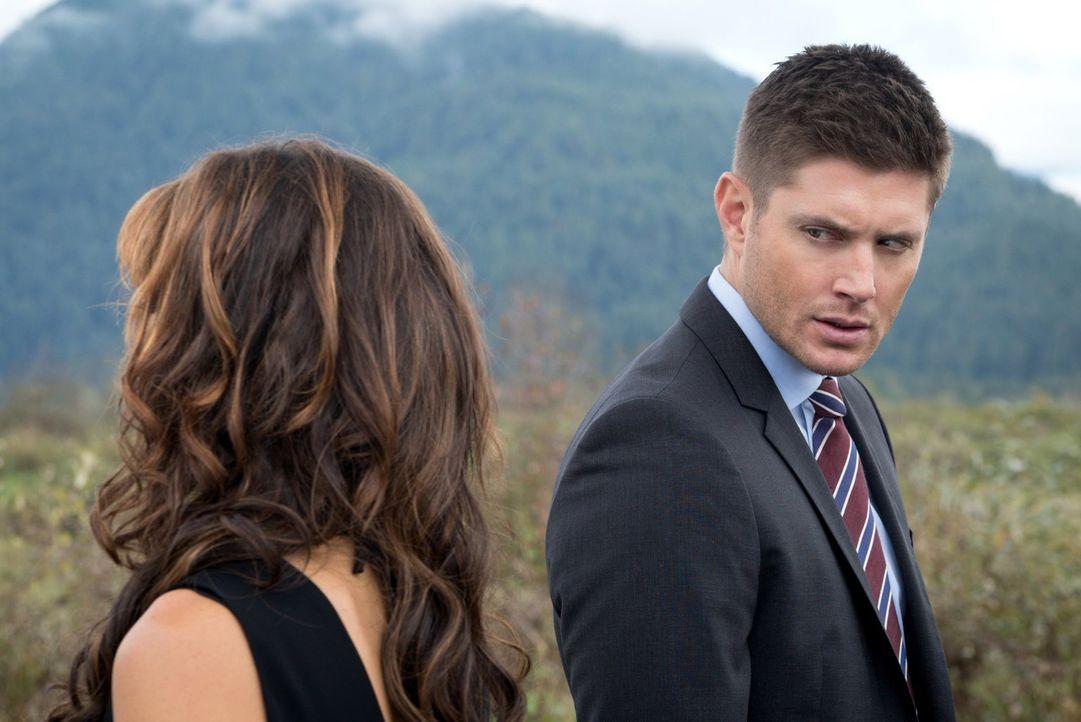 Nachdem Amara (Emily Swallow, l.) Gottesfürchtigen gezeigt hat, dass eben nicht nur Gott allmächtig ist, mach sich Dean (Jensen Ackles, r.) auf die... - Bildquelle: 2014 Warner Brothers