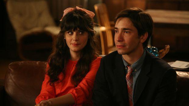 Jess (Zooey Deschanel, l.) hat sich in Paul (Justin Long, r.), einen Musikleh...