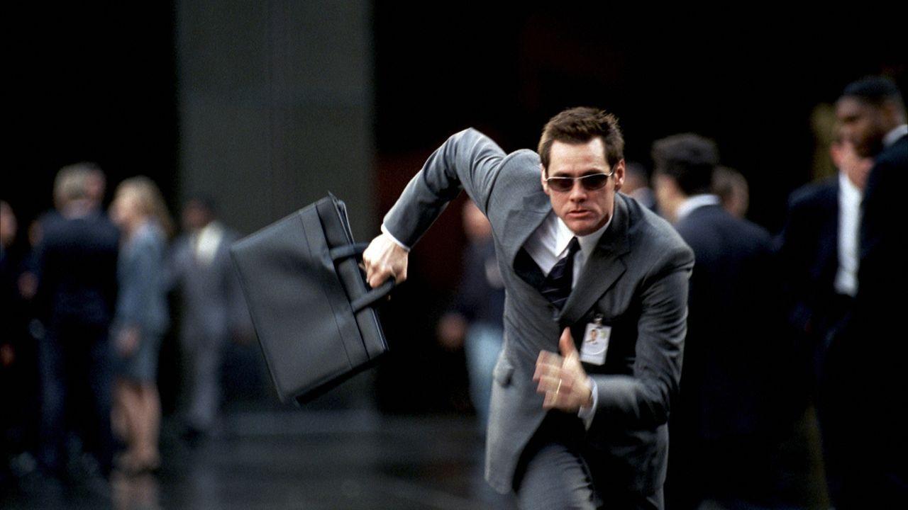 Nachdem Dick (Jim Carrey) völlig überraschend arbeitslos wurde, müssen sich sie Harpers etwas einfallen lassen, um ihren Lebensstandard zu halten ..... - Bildquelle: Sony Pictures Television International. All Rights Reserved.