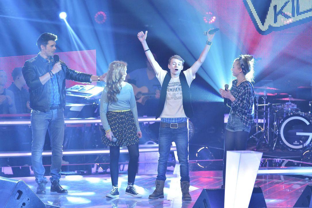 The-Voice-Kids-Stf03-Epi05-29-Amber-Tamino-Julie-SAT1-Andre-Kowalski - Bildquelle: SAT.1/ Andre Kowalski