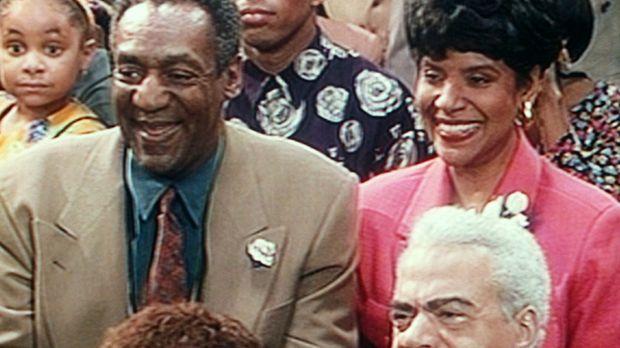 Olivia (Raven Symone, l.), Lance (Alan Paine, M.), Cliff (Bill Cosby, 2.v.l.)...