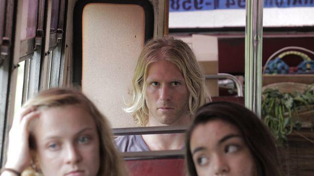 Zauberer und Gauckler Mark Greening (M.) führt ein entspanntes Leben auf Bali...