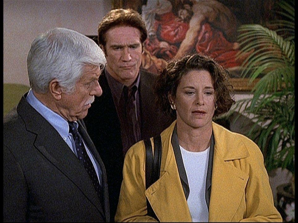 Mark (Dick Van Dyke, l.) und Steve (Barry Van Dyke, M.) begegnen Vanessa (Stephanie Zimbalist, r.) mit Skepsis: Sie gibt vor, von Scotland Yard zu s... - Bildquelle: Viacom