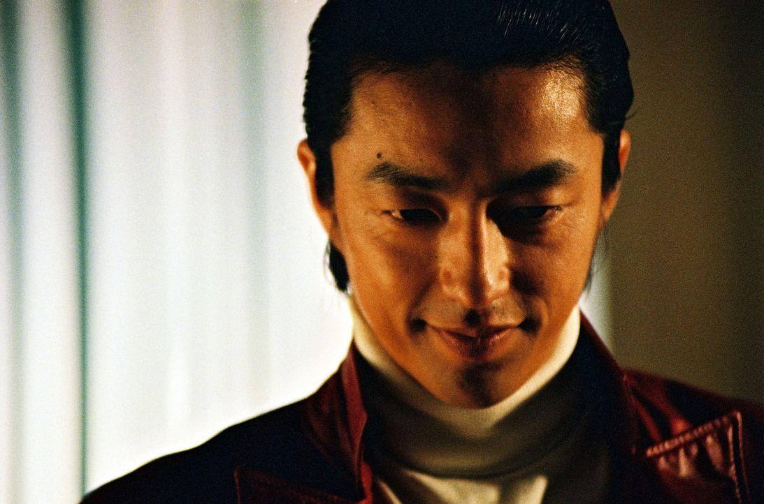 Gangster-Kronprinz Kuroda (Takao Osawa) hat ehrgeizige Pläne ... - Bildquelle: 2005 Sony Pictures Home Entertainment Inc. All Rights Reserved.