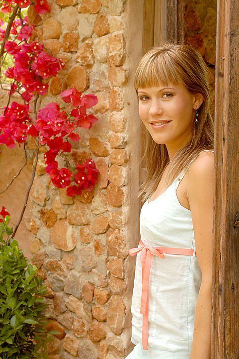 Wolke Hegenbarth in der Rolle der Isabelle - Bildquelle: Sat.1