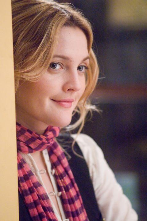 Als sie ihren Boss Alex Fletcher näher kennenlernt, findet seine Blumenpflegerin Sophie (Drew Barrymore), die er kurzerhand zur Songwriterin beför... - Bildquelle: Warner Bros.