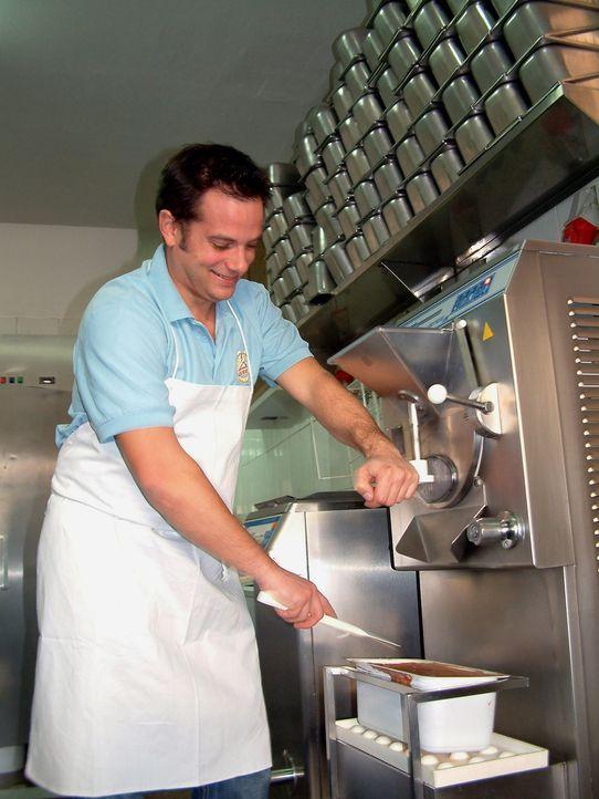 Christoph hat zusammen mit einem Freund eine Eisdiele in Palma eröffnet. Das Wagnis hat sich gelohnt: Die Eiskreationen sind beliebt, das Geschäft l... - Bildquelle: kabel eins