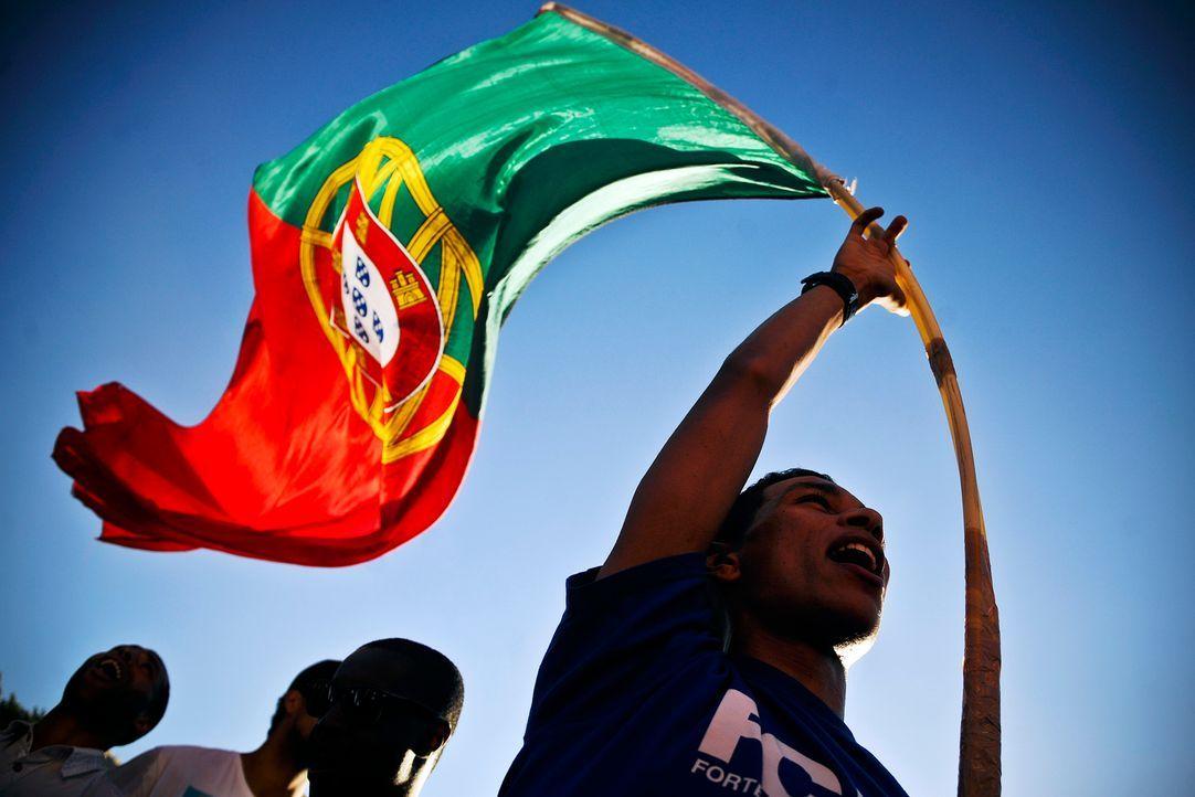 Fussball-Fans-Portugal-120621-2-AFP - Bildquelle: AFP