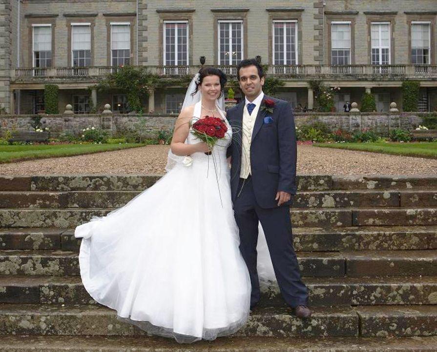 Sam und Katy sind seit 15 Monaten verlobt und die zukünftige Braut hat ihr halbes Leben damit verbracht, akribisch ihren Hochzeitstag zu planen. Doc... - Bildquelle: Renegade Pictures Ltd