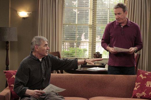 Last Man Standing - Mikes Vater Bud (Robert Forster, l.) zieht in ein Apparte...