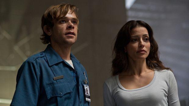 Zusammen mit Elisabeth Reigns (Emmanuelle Vaugier, r.) will Max Matheson (Nic...