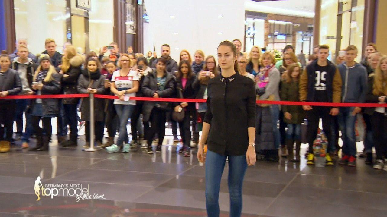 GNTM-10-Sendung01_028 - Bildquelle: ProSieben