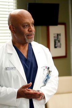 Grey's Anatomy - Richard (James Pickens jr.) bekommt von Bailey ein ganz beso...