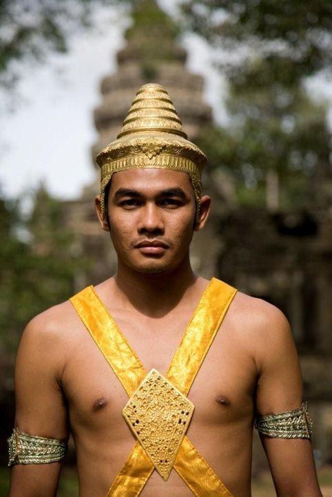 Suryavarman II. wird die Erbauung von Angkor Wat, dem größten und wichtigsten Tempel von Angkor, zugeschrieben ... - Bildquelle: 2008 Darlow Smithson Productions Ltd, an IMG Entertainment Company. Parallax Film Productions Inc.