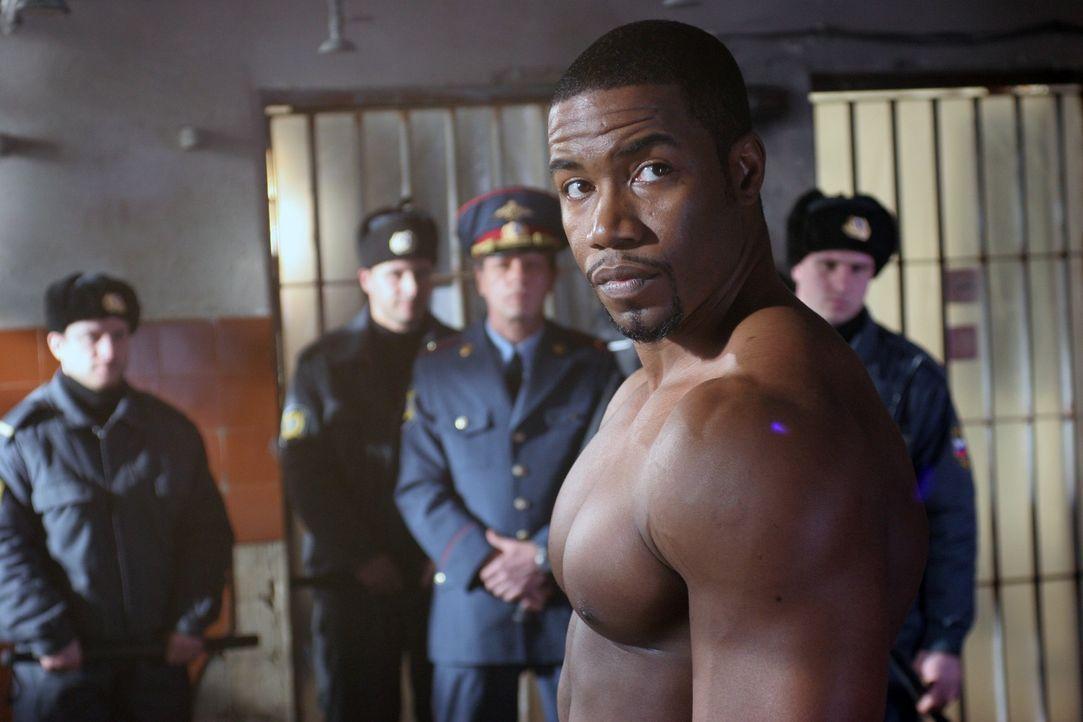 US-Berufsboxer George Chambers (Michael Jai White) wird während eines Aufenthalts in Russland Drogen ins Gepäck geschmuggelt. Prompt landet er in de... - Bildquelle: Nu Image Films