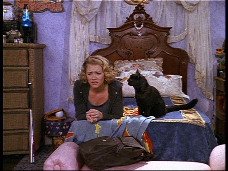 Sabrina (Melissa Joan Hart) kann sich nicht zwischen Dashiell und Harvey entscheiden. - Bildquelle: Paramount Pictures