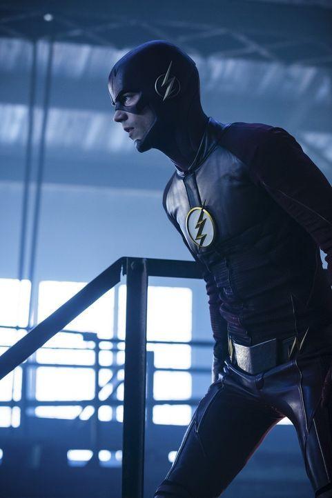 Eine Nachricht aus der Zukunft lässt nicht nur Barry alias The Flash (Grant Gustin) an sich selber zweifeln, sondern könnte die gesamte Mission und... - Bildquelle: 2016 Warner Bros.
