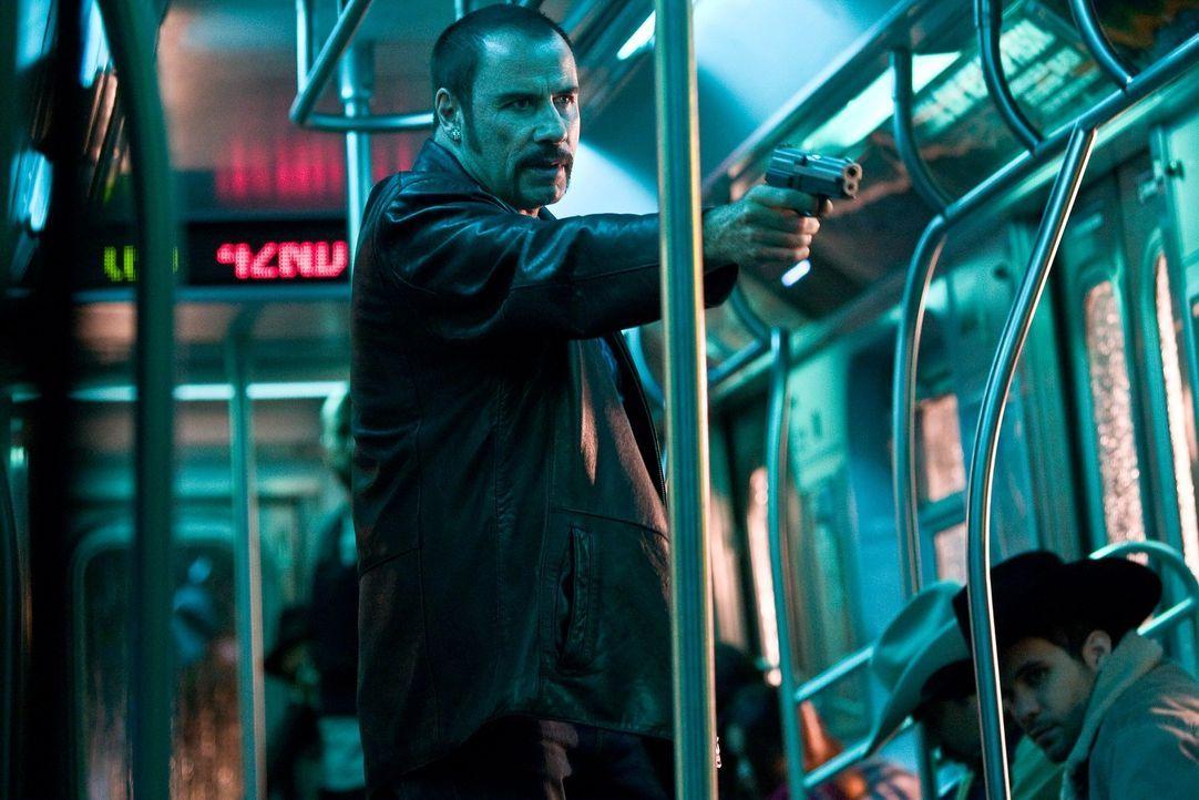 Zehn Millionen Dollar in 60 Minuten fordert der Entführer (John Travolta) der U-Bahn Pelham 123 von der Stadt New York. Jede weitere Minute kostet e... - Bildquelle: 2009 Columbia Pictures Industries, Inc. and Beverly Blvd LLC. All Rights Reserved.