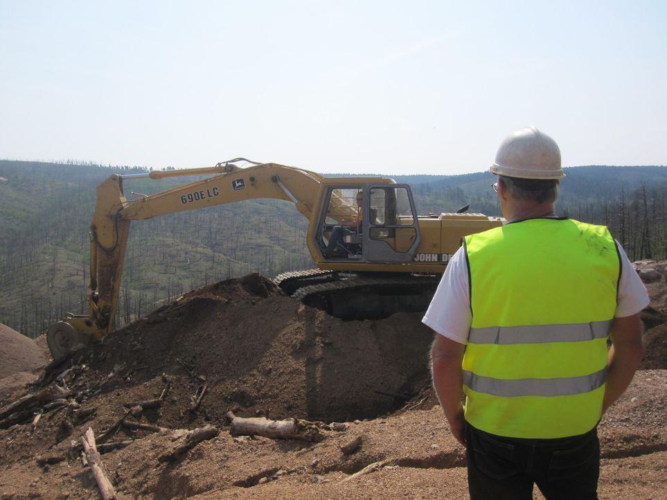 (1. Staffel) - Jeden Sommer begeben sich die Rocky Mountain Miners aufs Neue auf die Jagd nach den berüchtigten Edelsteinen und Kristallen in den Ro... - Bildquelle: High Noon Entertainment 2014