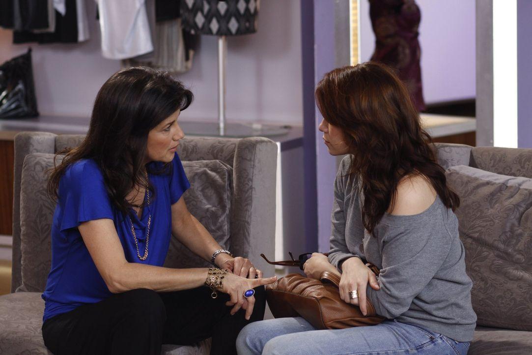 Victoria (Daphne Zuniga, l.) versucht, Haley (Bethany Joy Galeotti, r.) ins Gewissen zu reden ... - Bildquelle: Warner Bros. Pictures