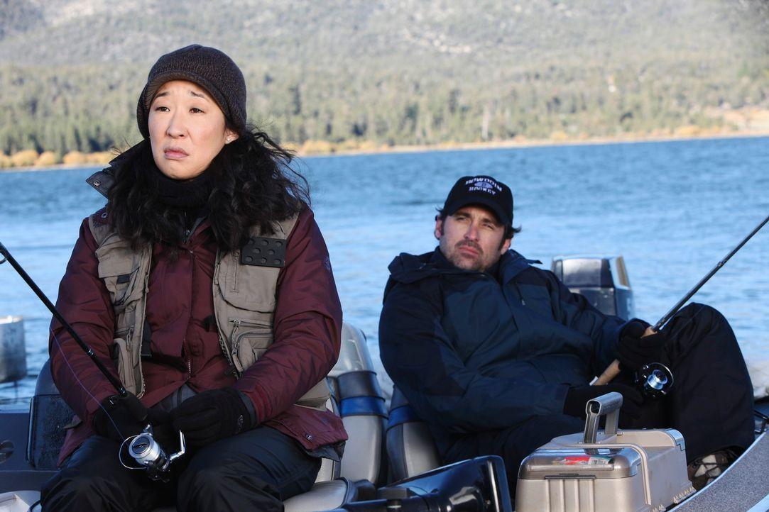 Owen macht sich Sorgen um Cristina (Sandra Oh, l.), die immer noch nicht zurück in ihren Job will. Er hat Angst, sie den ganzen Tag alleine zu lasse... - Bildquelle: ABC Studios