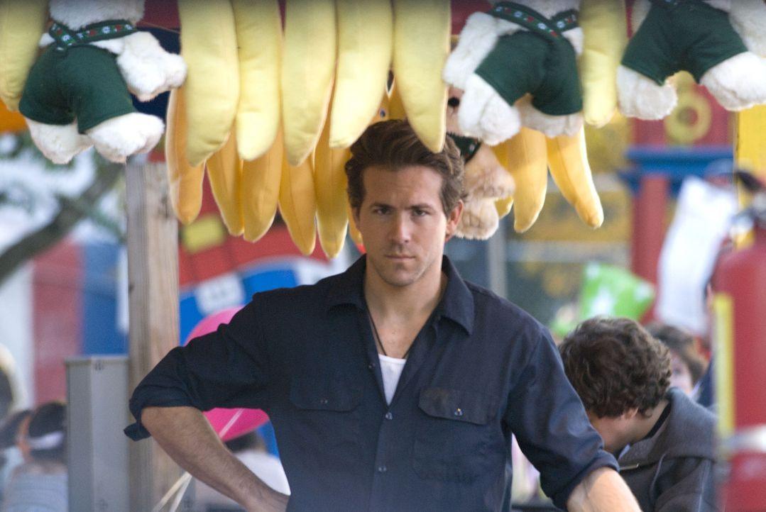 Ist nicht bereit, Em kampflos James zu überlassen: Mike (Ryan Reynolds) ... - Bildquelle: Miramax Films. All rights reserved