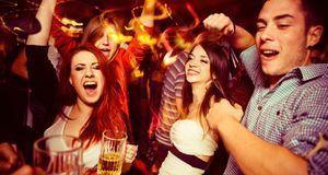 Regelt das Jugendschutzgesetz Ausgang von Minderjährigen mit Ausgehzeiten? Ja...
