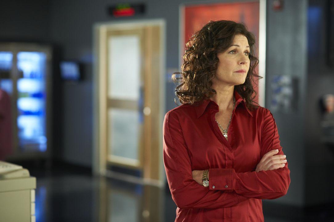 Dr. Dana Kinny (Wendy Crewson) macht sich Sorgen um ihren Angestellten Dr. Joel Goran ...