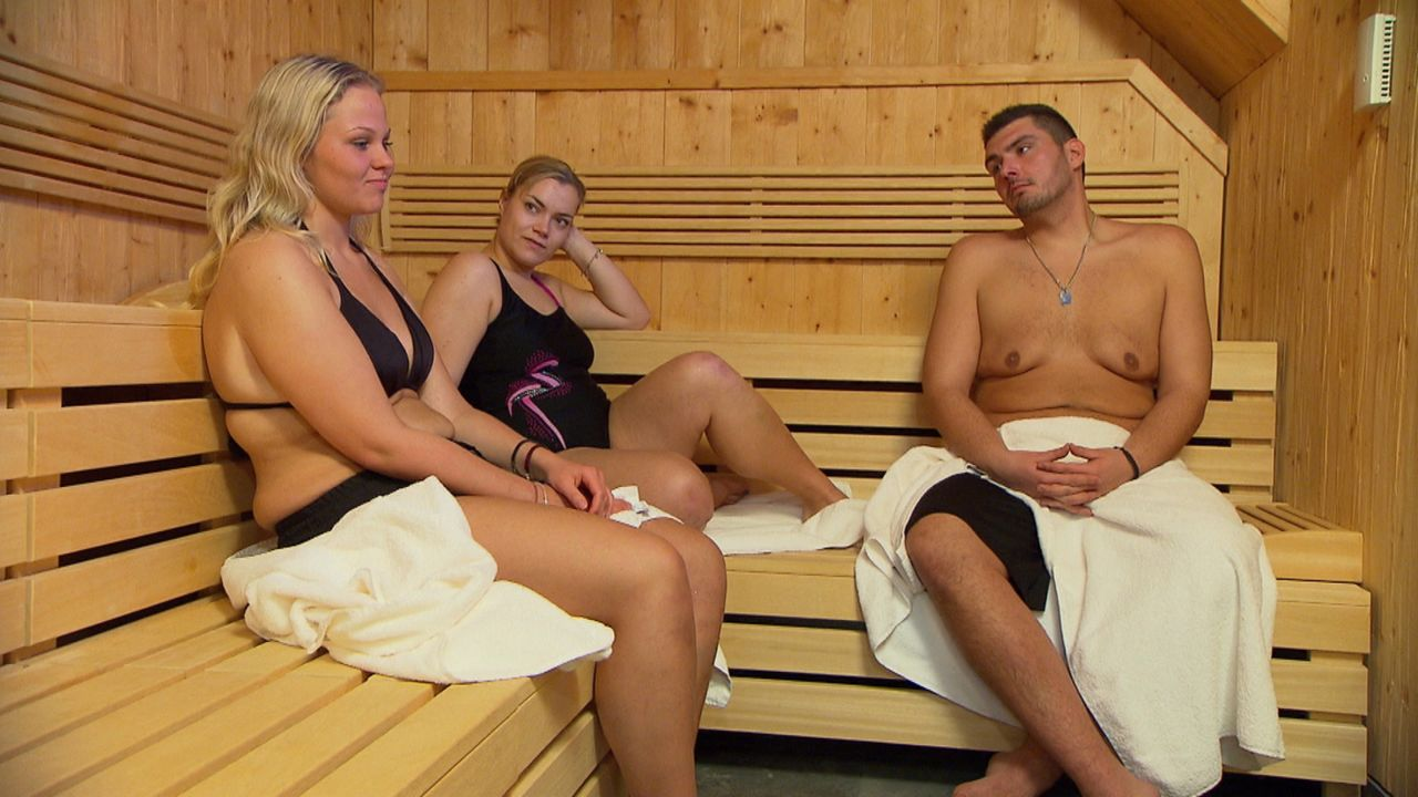 Halbfinale bei den Biggest Losern. Haben (v.l.n.r.) Nicole, Sabrina und André eine Chance ins Finale zu kommen? - Bildquelle: SAT.1