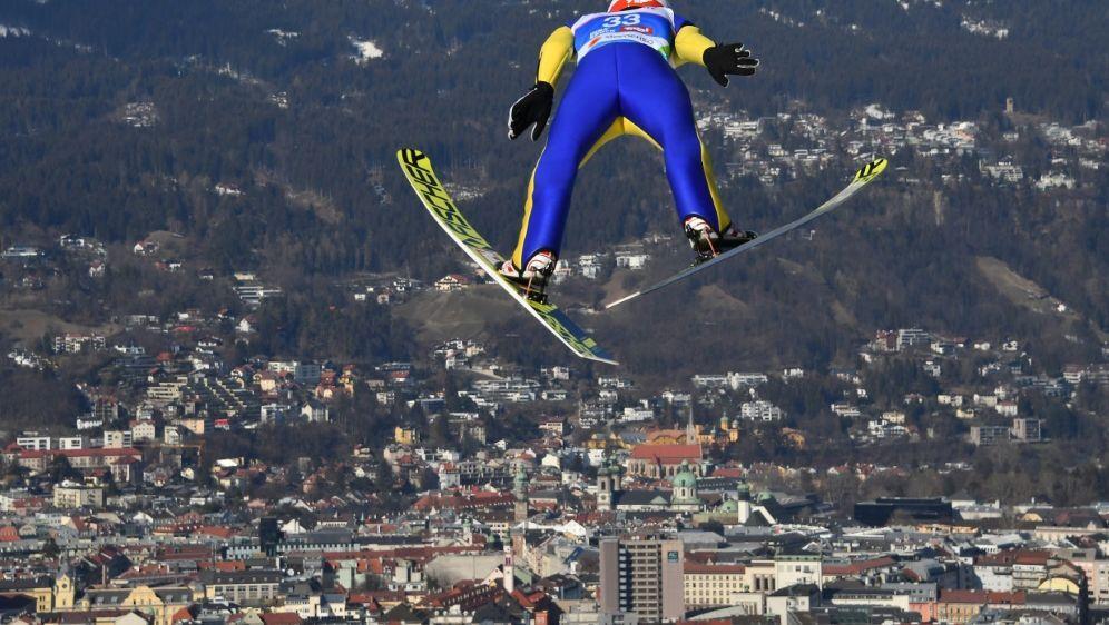Das Springen in Schonach wurde wetterbedingt abgesagt - Bildquelle: AFPSIDJOE KLAMAR