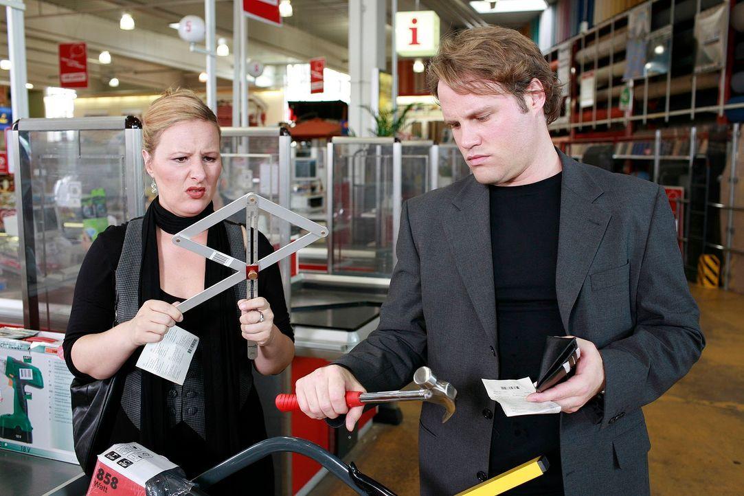Dass ein Baumarkt für den einen oder anderen zum wahren Shopping-Paradies mutiert, ist logisch. Aber braucht man all das Zeug wirklich? Was ist das... - Bildquelle: Guido Engels Sat.1