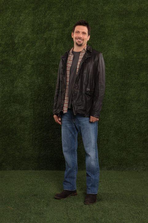 (1. Staffel) - Als der alleinerziehende Vater George (Jeremy Sisto) in der Schublade seiner Tochter Tessa eine Packung Kondome findet, hat er die Sc... - Bildquelle: Warner Brothers