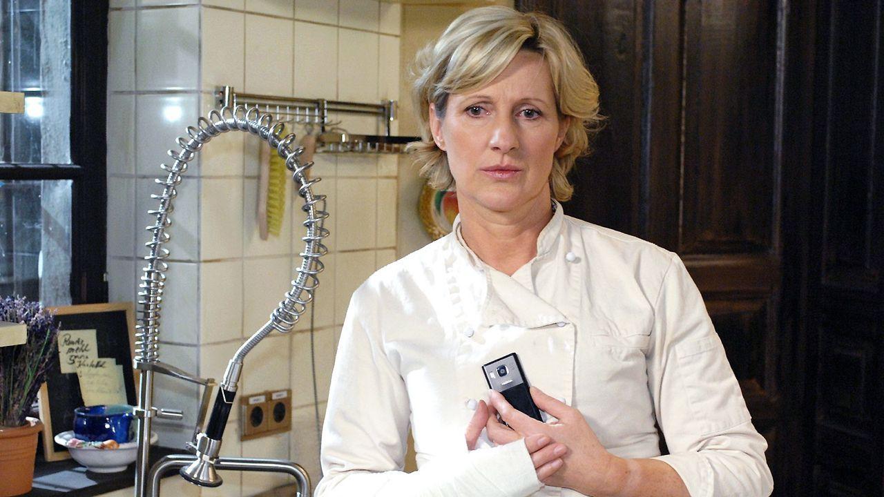 anna-und-die-liebe-folge-108-01-SAT1-Oliver-Ziebe - Bildquelle: Sat.1/Oliver Ziebe
