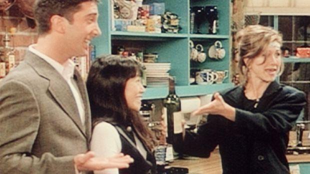 Ross (David Schwimmer, l.) ist glücklich. Endlich hat er eine Freundin gefund...
