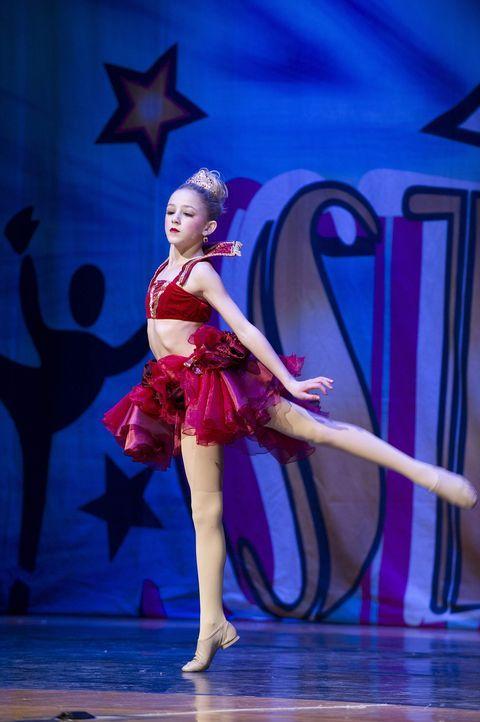 Bei diesem Auftritt muss alles stimmen, denn die Candy Apples sind Chloe und ihrem Team dicht auf den Fersen ... - Bildquelle: Barbara Nitke 2012 A+E Networks