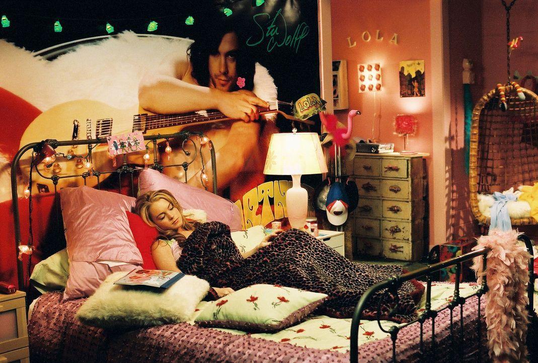 Als Lola (Lindsay Lohan) mit ihrer Mutter und ihren zwei Schwestern nach Dellwood, New Jersey ziehen muss, denkt sie, ihre Welt bricht zusammen. Doc... - Bildquelle: MMIV ARGENTUM FILM PRODUKTION GmbH & CO. BETRIEBS KG.  All rights reserved