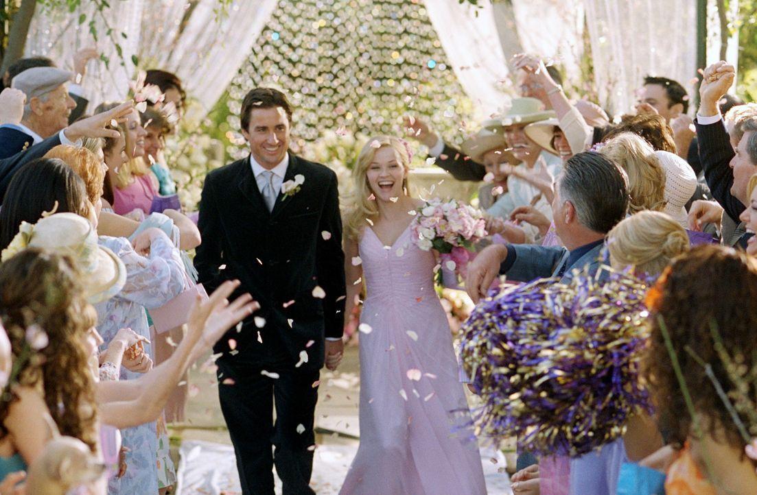 Ende gut, alles gut: Elle (Reese Witherspoon, r.) und ihr Emmett (Luke Wilson, l.) ... - Bildquelle: Metro-Goldwyn-Mayer (MGM)