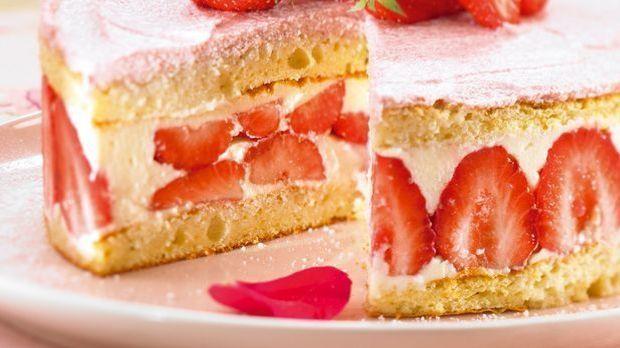 Kuchen-Rezept: Erdbeertorte backen und genießen