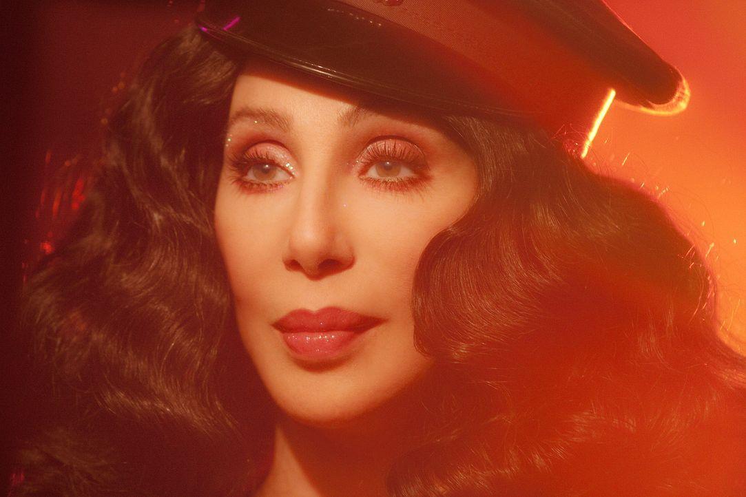 Die Rettung ihres Lebenswerkes hat Tess (Cher) einer ganz besonderen Sängerin und Tänzerin zu verdanken ... - Bildquelle: 2010 Screen Gems, Inc. All Rights Reserved.