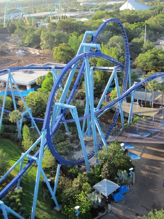 """Im Rennen um die Gunst der verrücktesten Achterbahn-Fans: """"Orlando's Manta"""" ... - Bildquelle: 2012, The Travel Channel, L.L.C. All rights Reserved."""
