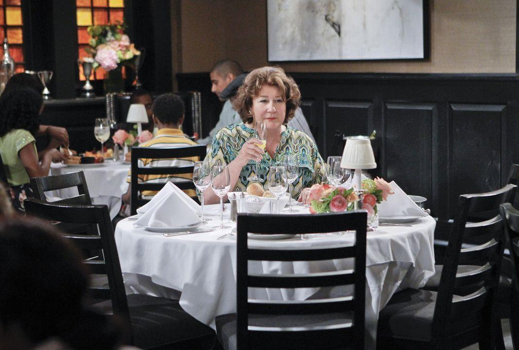 Kann nicht fassen, dass Nathan ihren Muttertag vergessen hat: Carol (Margo Martindale) ... - Bildquelle: 2013 CBS Broadcasting, Inc. All Rights Reserved.